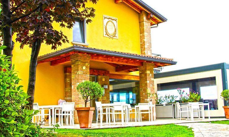 Hotel Trattoria Olivo Moniga Del Garda